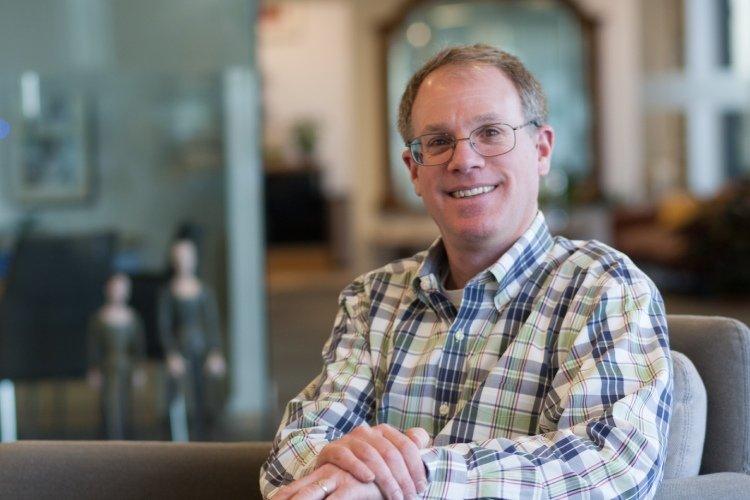 Photo of Eric Silverman, Senior Scholar at McAllister Olivarius.